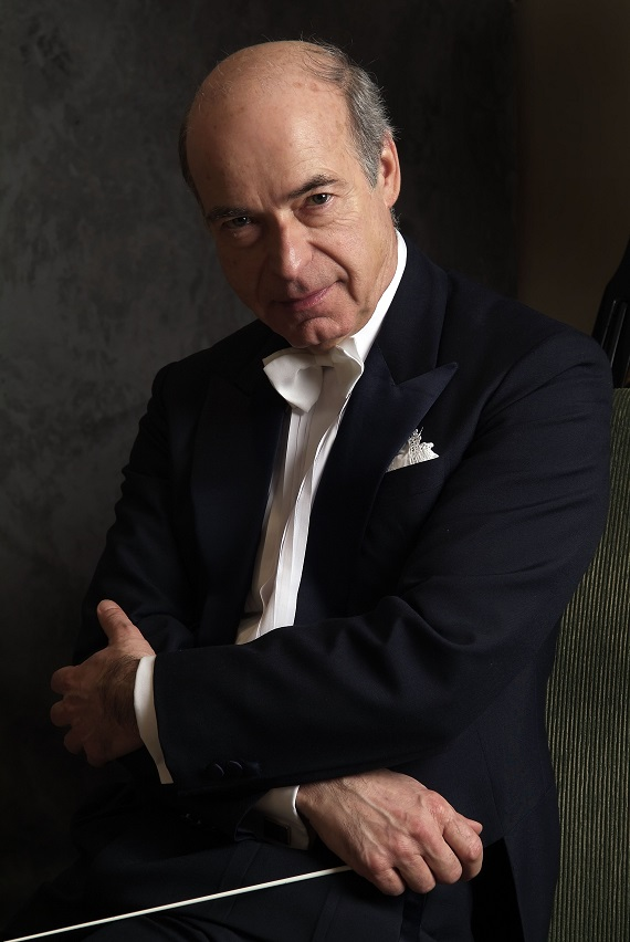 2018年4月 マティアス・バーメルト氏が札響首席指揮者に就任