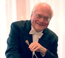 首席指揮者 マックス・ポンマー © Photo by Thomas Wolter